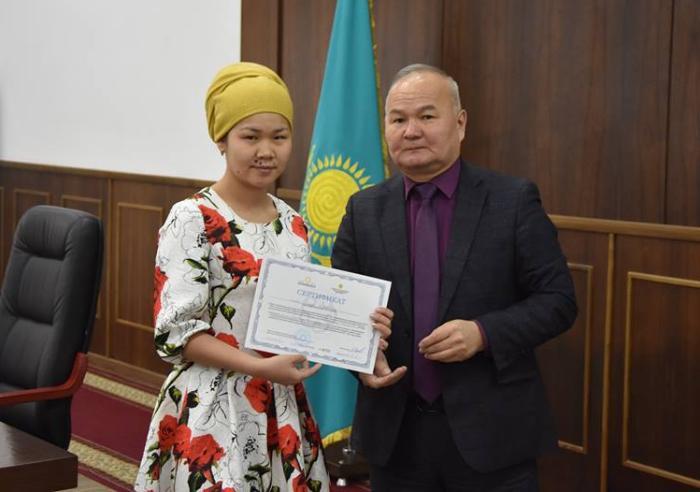 «Бастау бизнес» жобасы бойынша сертификаттар табысталды