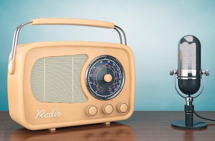 «Тілді насихаттаймыз»: Орыс баласы Ресейде қазақ радиосын ашты