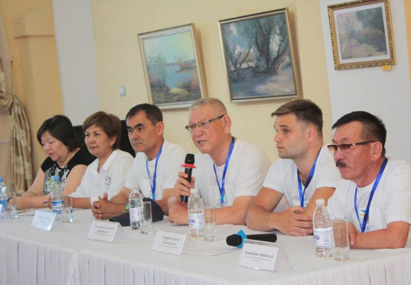 Қызылордада халықаралық суретшілер симпозиумы басталды