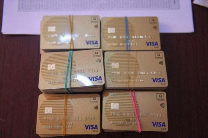 Арыс тұрғындарына банк карталары не үшін таратылып жатыр? (ФОТО)
