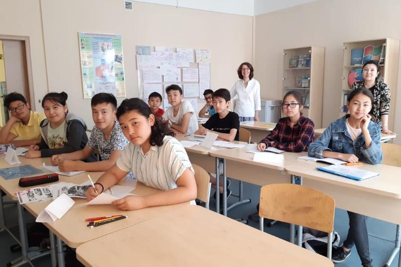 Енді Назарбаев мектебінің оқушылары неміс тілінде сөйлейді