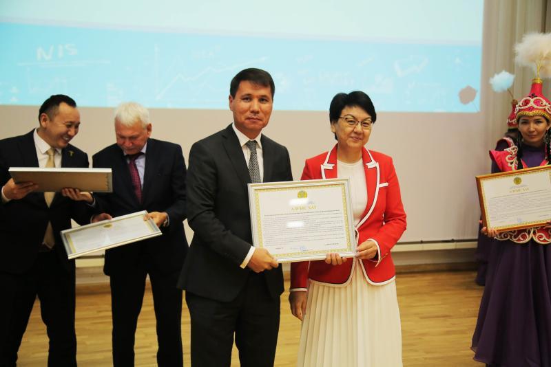 Қызылордалық Назарбаев мектеп ұжымының еңбегі еленді