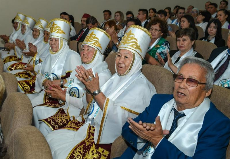 Қызылордада облыстық ассамблеяның ХХІІ сессиясы өтті (ФОТО)
