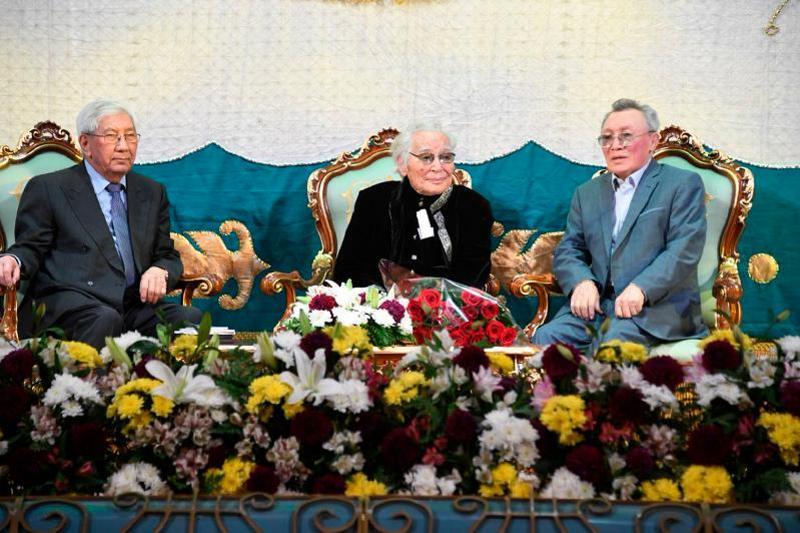 Алматыда Әбдіжәміл Нұрпейісовтің 95 жылдық мерейтойы тойланды (ФОТО)