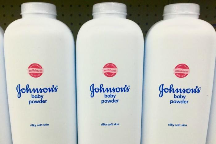 Johnson & Johnson балалар ұнтағы қауіпті деп танылды